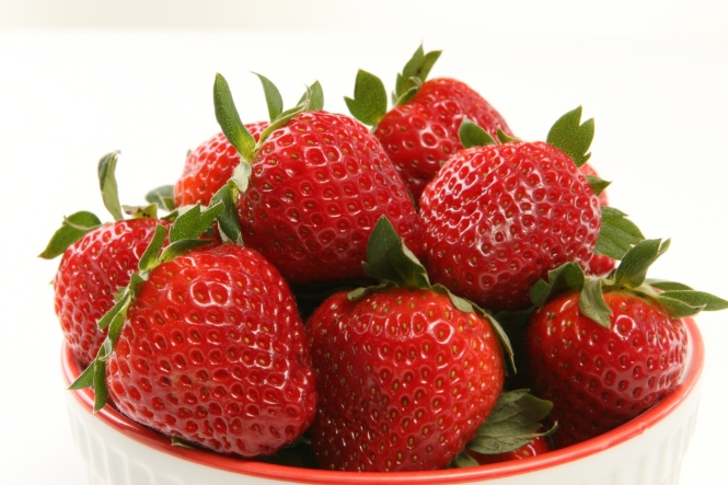 Strawberries calories nutritional values and for Interesting facts about strawberries